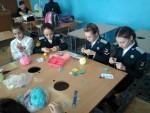 На базе Пригородной школы приходят занятия по рукоделию